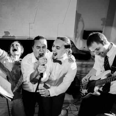 Три Валеры - креативная кавер-группа