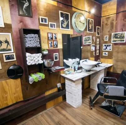 Billy Bones Barbershop
